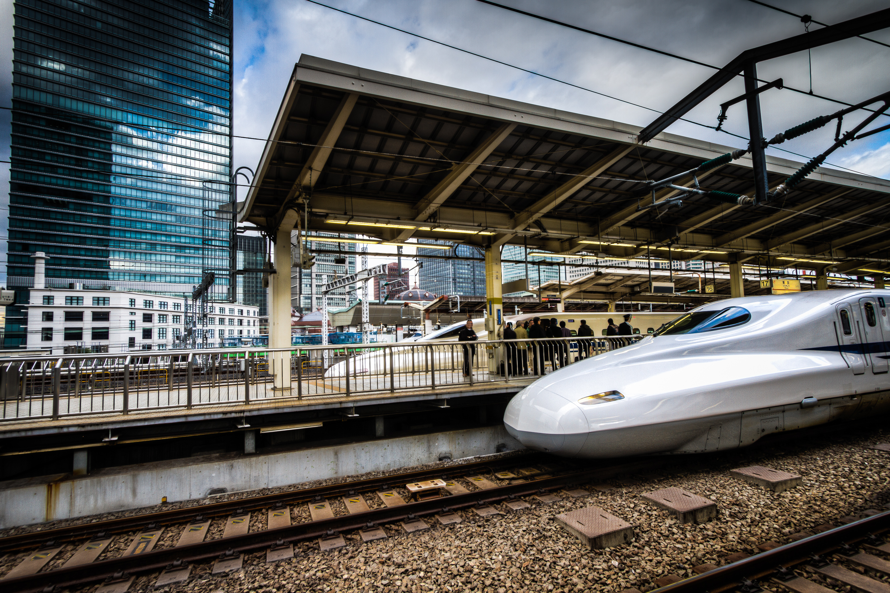 engineering connections bullet train - HD2880×1920