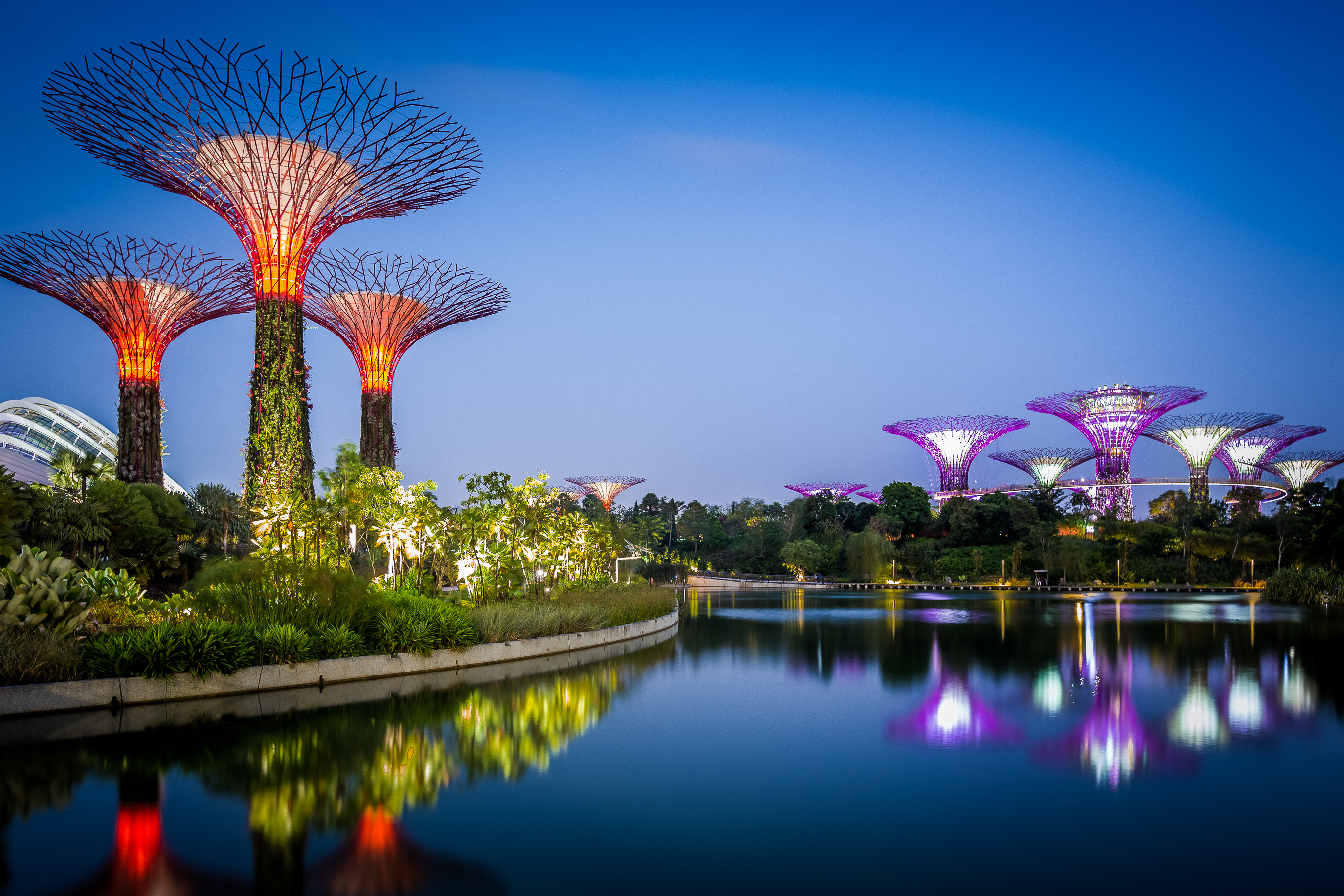 13 Amazing Places To Visit In Singapore For All The Couples!