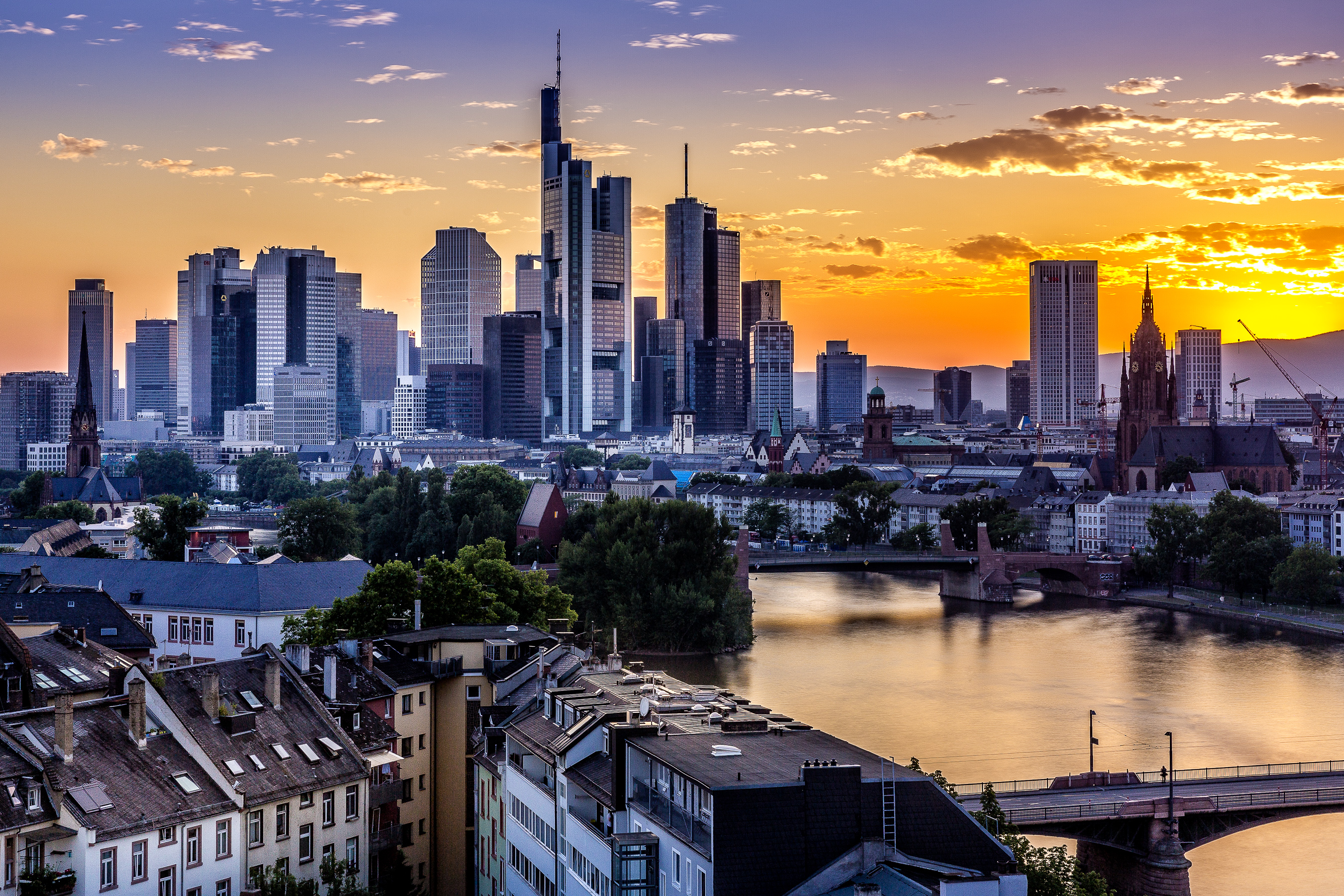 time captures frankfurt skyline time captures. Black Bedroom Furniture Sets. Home Design Ideas